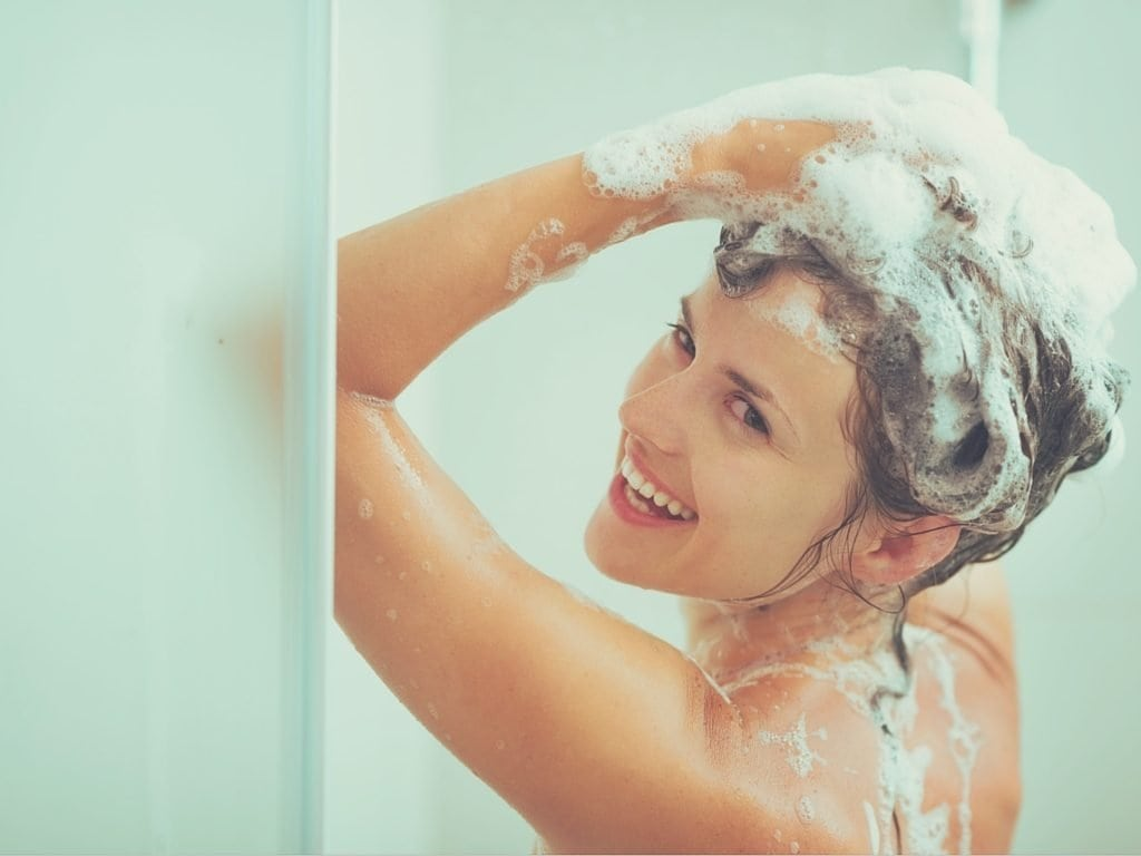 How Long To Wait To Wash Hair After Coloring  – Ion At Home