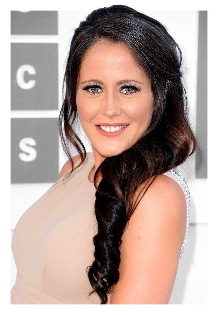 Jenelle Evans Criticized For Coloring Hair While Pregnant  Is It