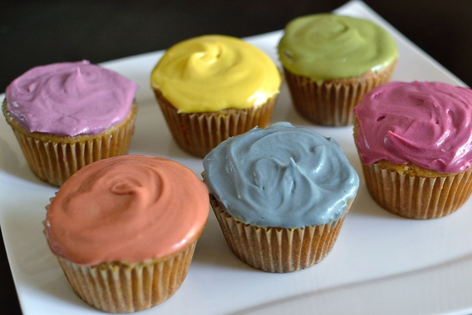 Ashley's Green Life  How To Color Frosting Naturally & Quickly