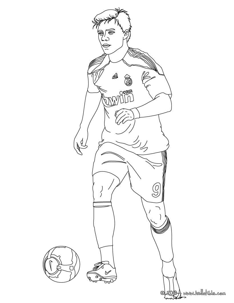 Helpful Messi Vs Ronaldo Coloring Pages Christ  14306