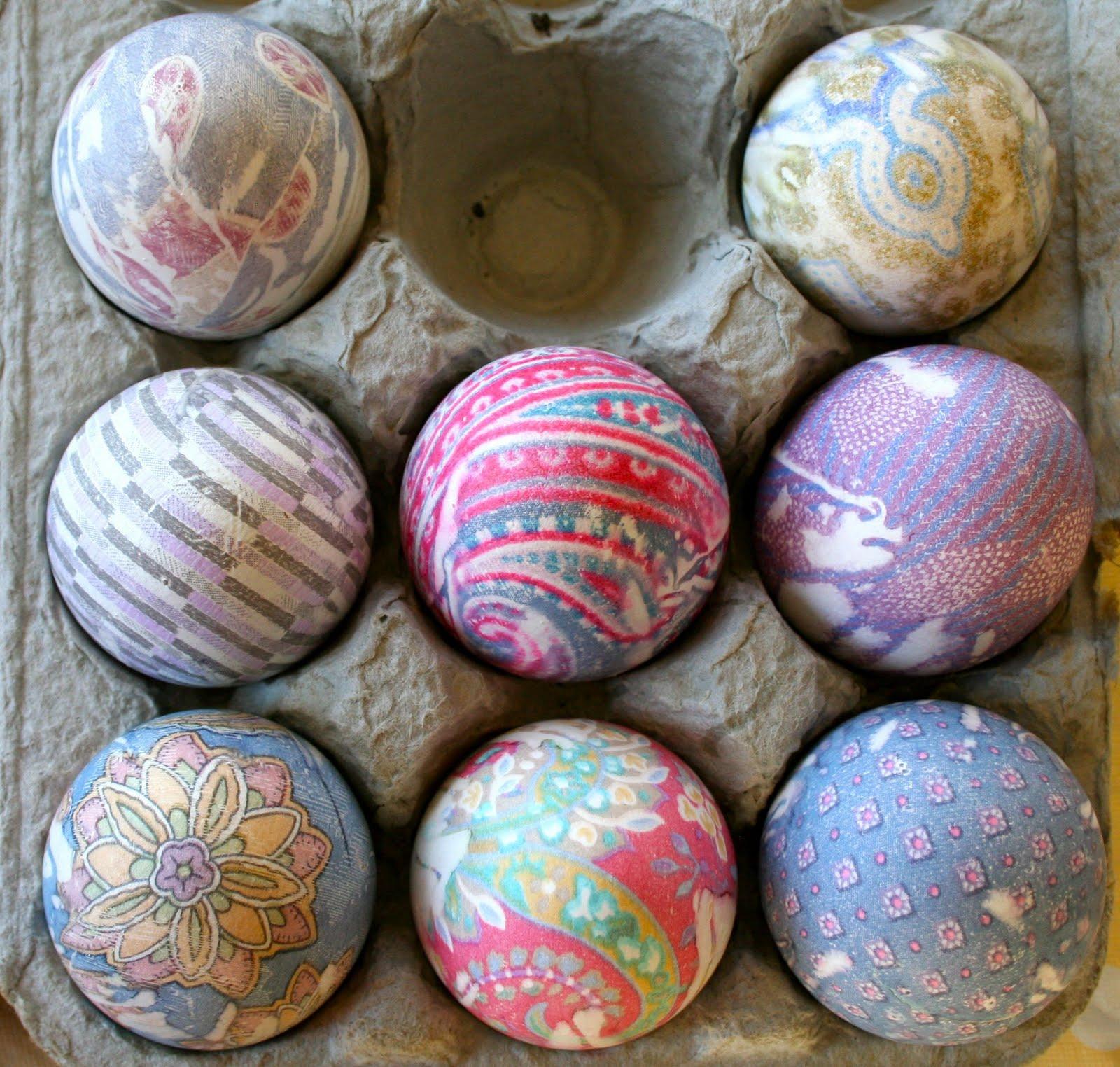 Homemade Egg Dye Using Food Coloring