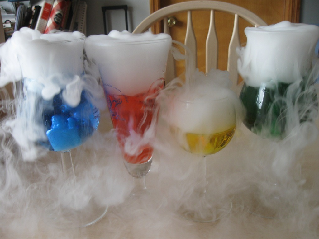 Wordless Wednesday–dry Ice Fun