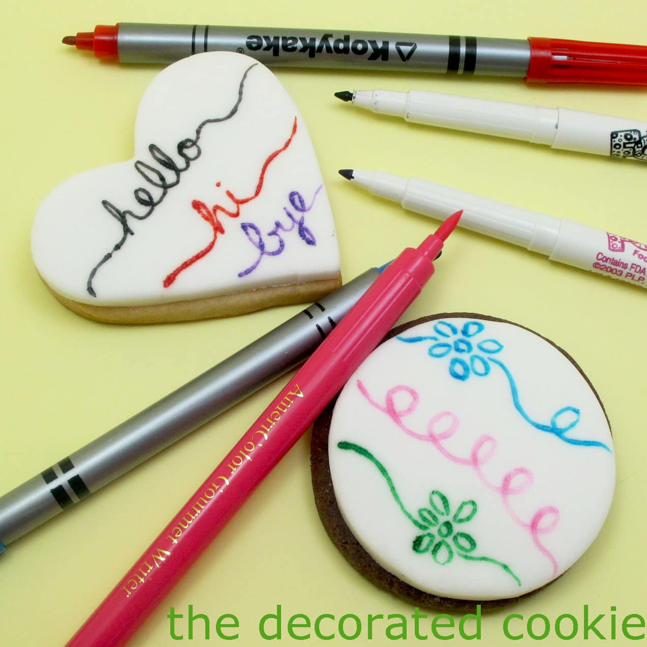 How To Use Food Coloring Pens To Decorate Cookies And Marshmallows
