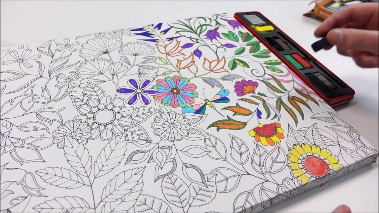 Johanna Basford Colouring Canvas Secret Garden