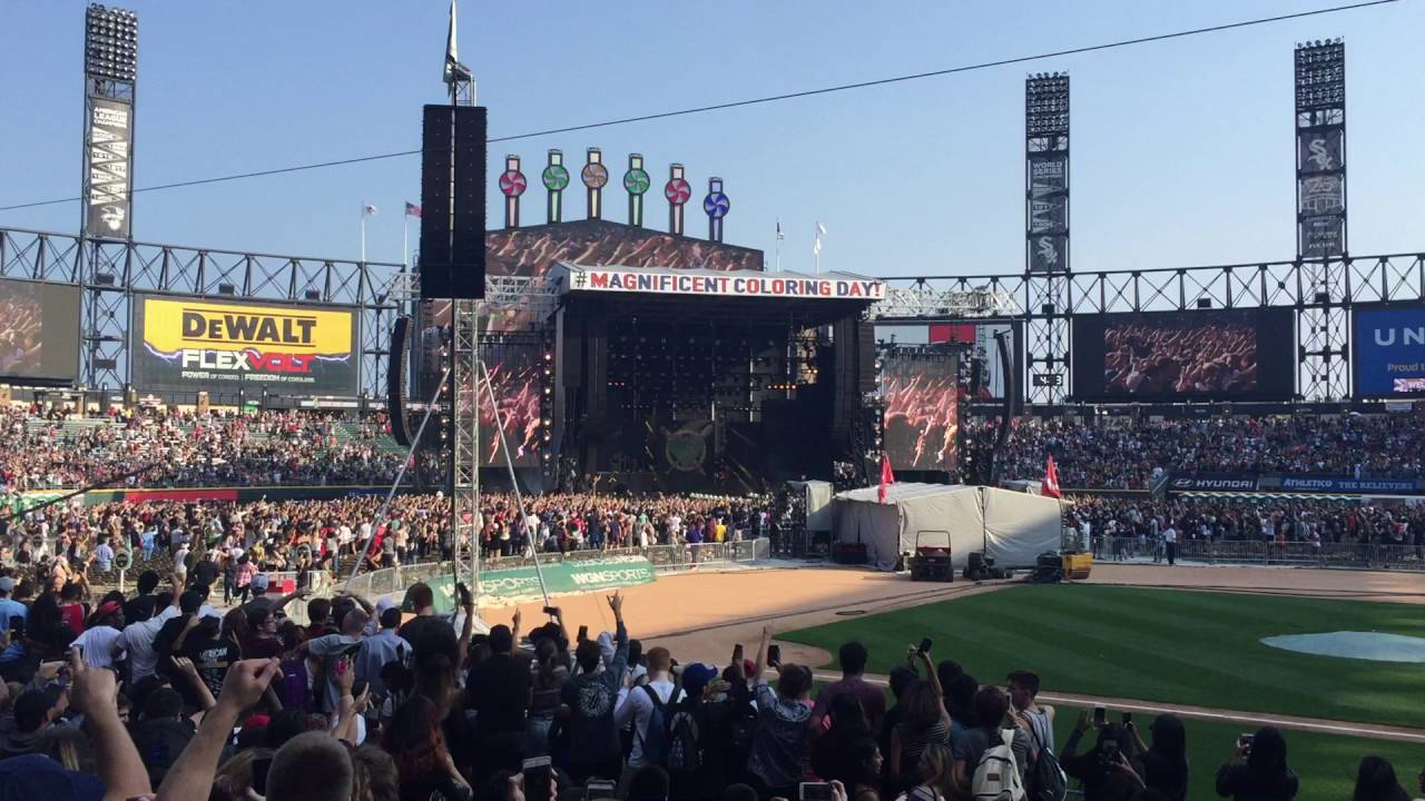 Kanye Surprise Performance Chance The Rapper Magnificent Coloring